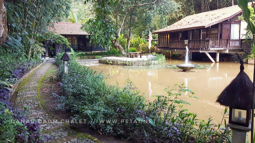 Picturesque stay at Daun chalet