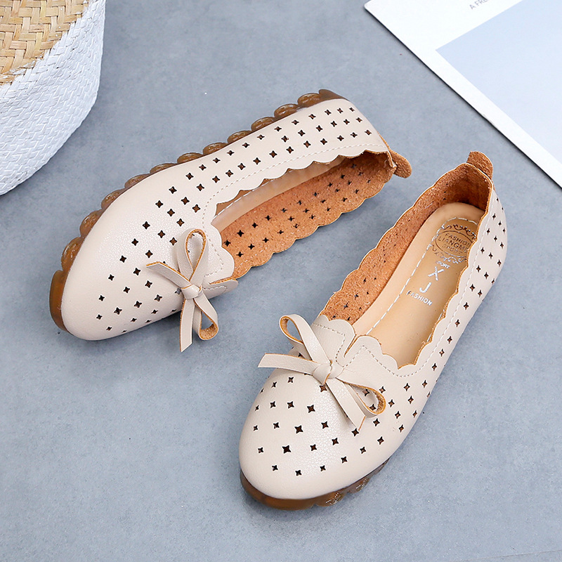 Flexible Bow Tie Flats on sale at EzBuy's Fashion Collection Sale